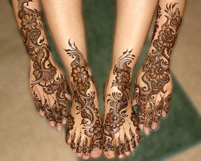 The Beautiful Intricate Art of Mehndi and Henna Hand Art
